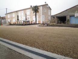 aménagement cour extérieur : bordure et pavé